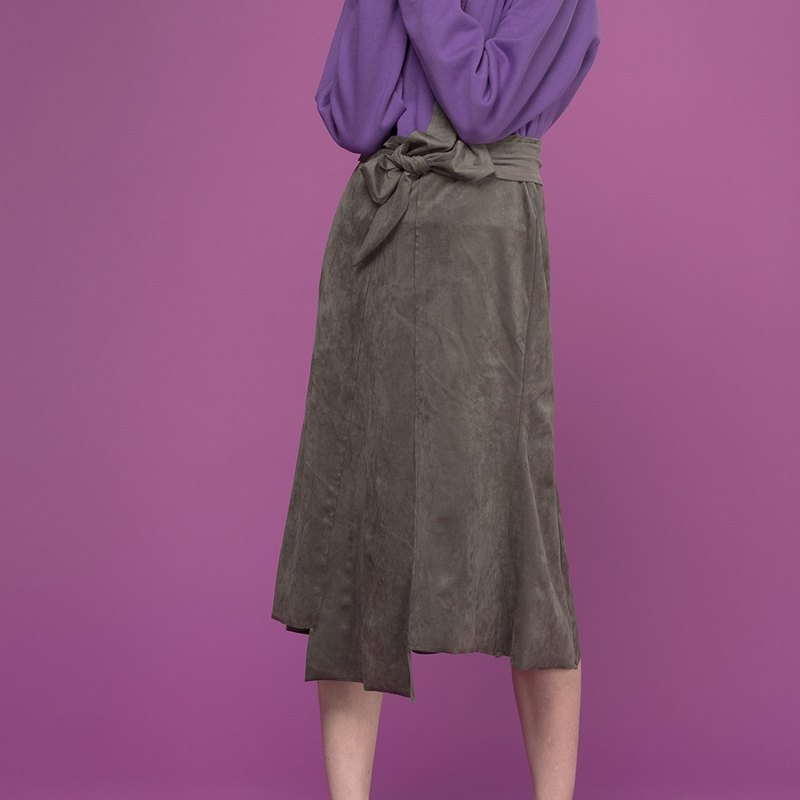 Suede Ribbon Skirt (Khaki)