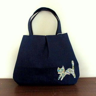 Cat and flower denim handbag bag blue flower pattern