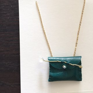 [ Bluesy Mod ] --- Leather Purse necklace (sparkle / forest green) . 皮革小钱包项链 (深绿色)