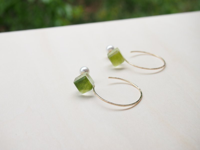 "earrings : 2way earrings _06""MOEGI-IRO"""