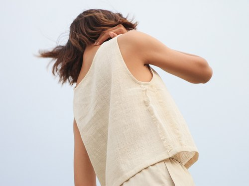 Ivory Sleeveless Top / Non-chemical cotton / Hand Woven