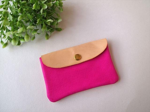 Pig leather soft card case [hand-dyed leather pass case] 168003