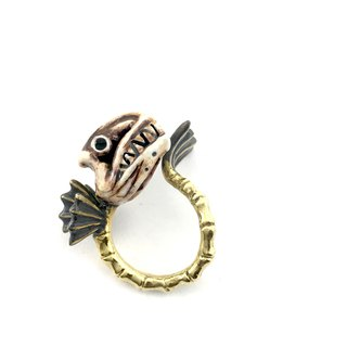 Zodiac Fish bone ring is for Pisces in Brass and realistic color ,Rocker jewelry ,Skull jewelry,Biker jewelry