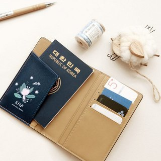 With you passport case_Navy