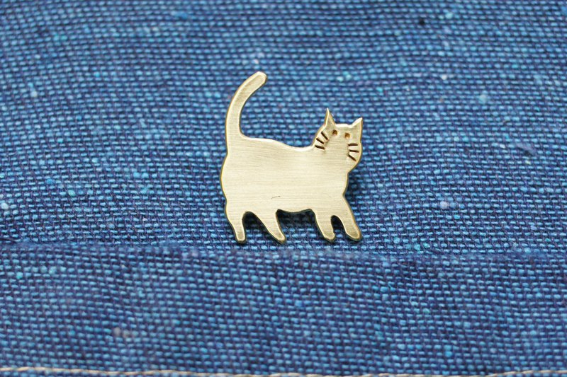 手造黄铜猫胸针 #06。Handmade Brass Cat pin。真鍮锻金ブローチ