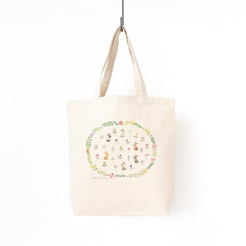 "Walk together. A4 size can be stored. Tote bag ""Rabbits' Garden"" TB-119"