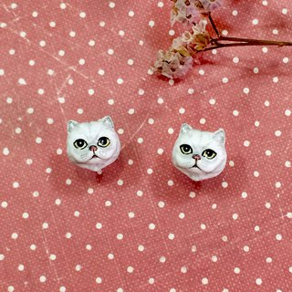 White Persian cat earrings, Cat stud earrings, tiny cat earrings