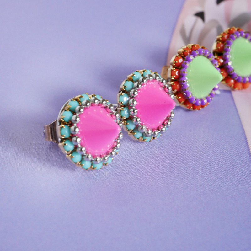Spice studs || earrings || pink