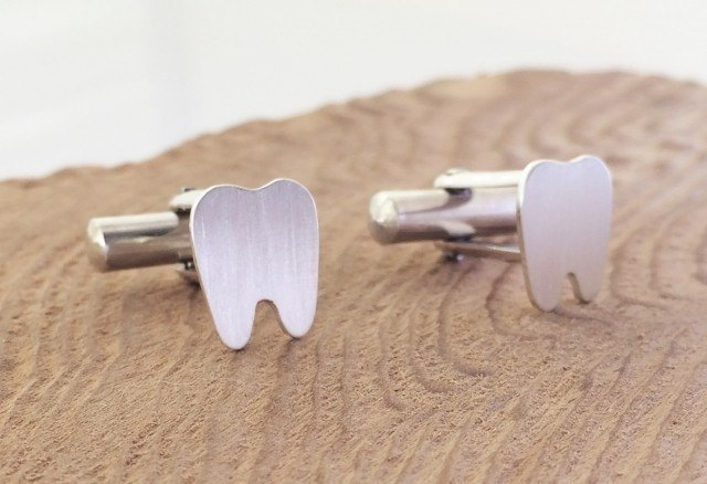 Tooth ◇ cuffs of tooth ◇ Silver
