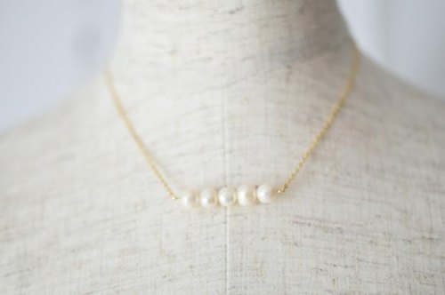 Chain necklace of the fresh water pearl potato