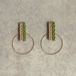 Knit and hoop earrings / earrings / khaki