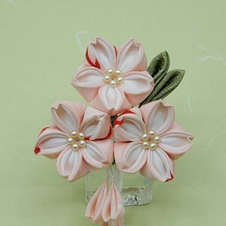 [Resale] of Sakura made with knob wrought old cloth hairpin ♪ perfect to <thin peach> Hanami