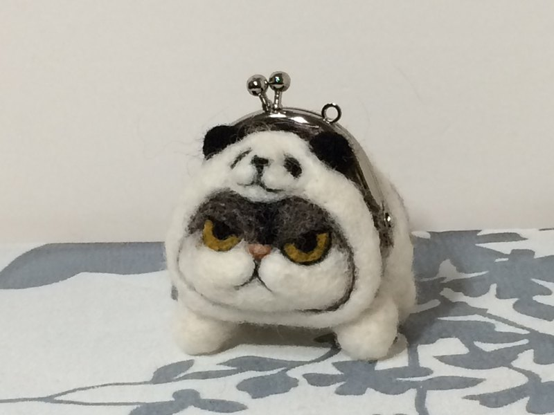 Mini Sama Exotic Shorthair Panda