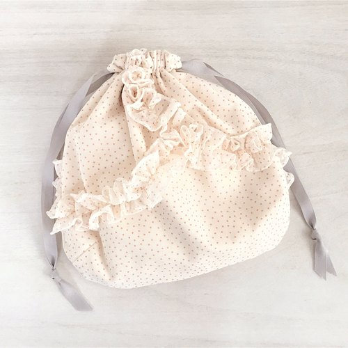 Random petit dot polka dots Frill Drawstring pouch Off White × Pink