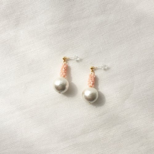 Earrings / Beads / Palepink / Cottonpearl