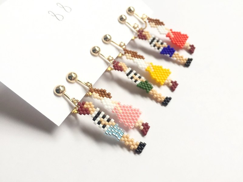 Border couple earrings