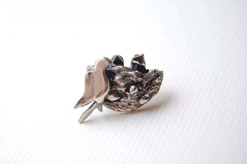 Swallow's nest Pin batch SILVER 950