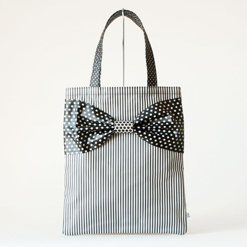 flat totebag Spin Off white dots borders stripes ribbon PVC