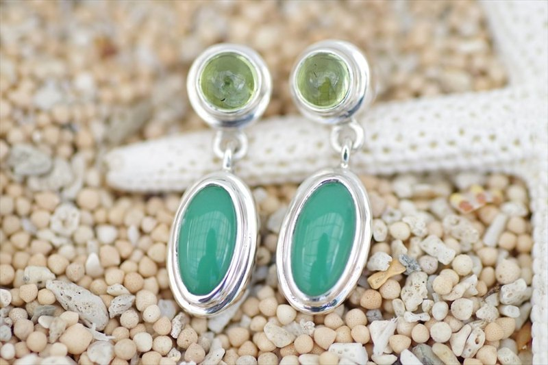 Beautiful green color natural stone chrysoprease and peridot's earrings