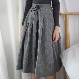 ee18/ Woollen Skirt (grey)