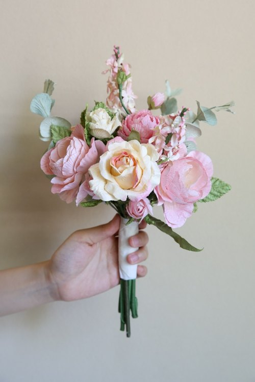 "BS104 : Bridesmaid Bouquet Small Flower Bouquet Pink Cream Size 6""x10"""