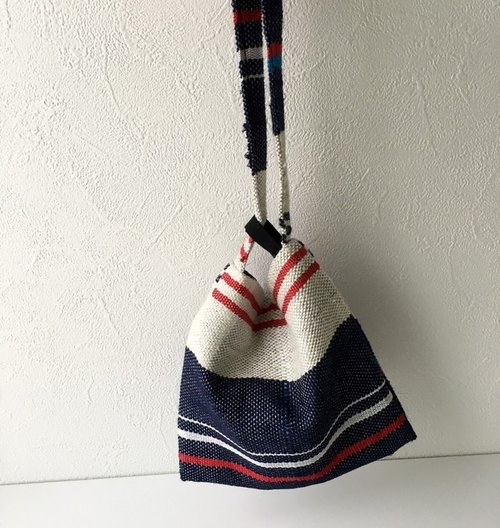 "Also becomes purse to become even yukata ""hand-woven tricolor mini bag"" 2"