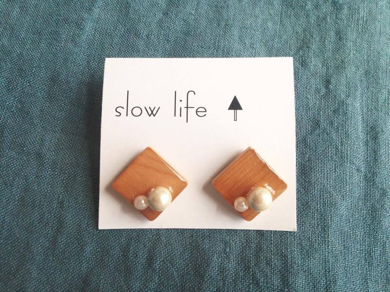 Wooden earrings A