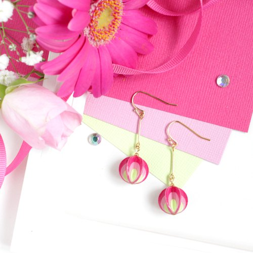 【Order Production】 Vivid Hot Pink Paper Earrings