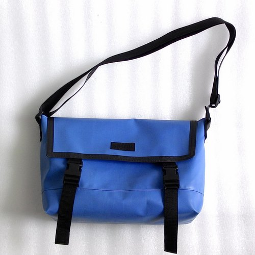 messenger bag,shoulder bag,school bag
