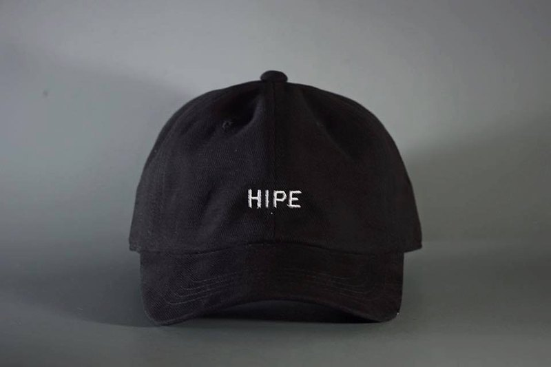 black short visor cap