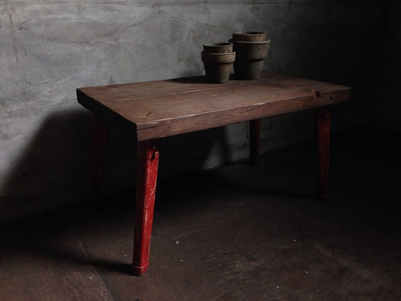 Folding Table - red bri -