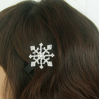 Snowflake hair clips, snow flakes, winter hair accessories