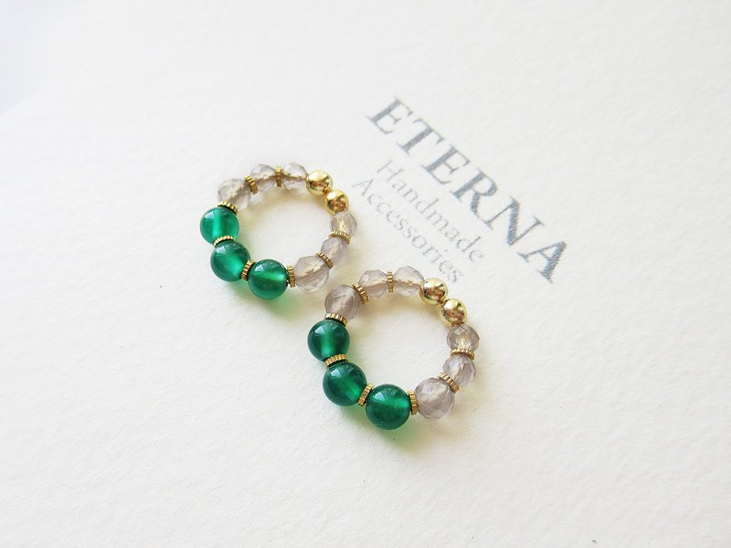 Green onyx and gray chalcedony, tiny hoop earrings 夾式耳環