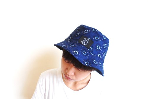 湛蓝花纹渔夫帽 Blue cotton fisherman hat