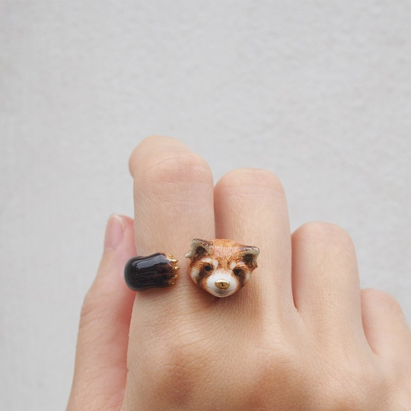 Red Panda Hugging Ring