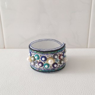 【beads embroidery】 blue dot simple bracelet