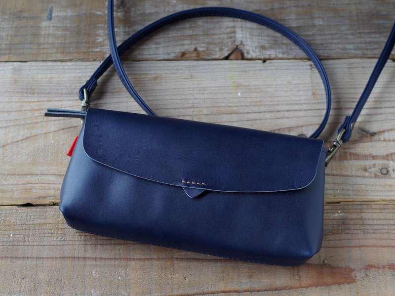 [Free Shipping] Leather Pouch Wallet Navy Blue