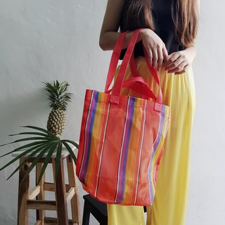 BEACH TOTE: RED SUN