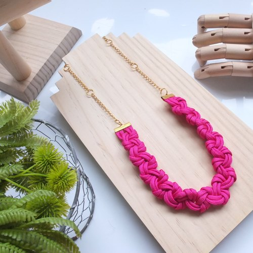 Twist Braid Long Chain Necklace - Hot Pink