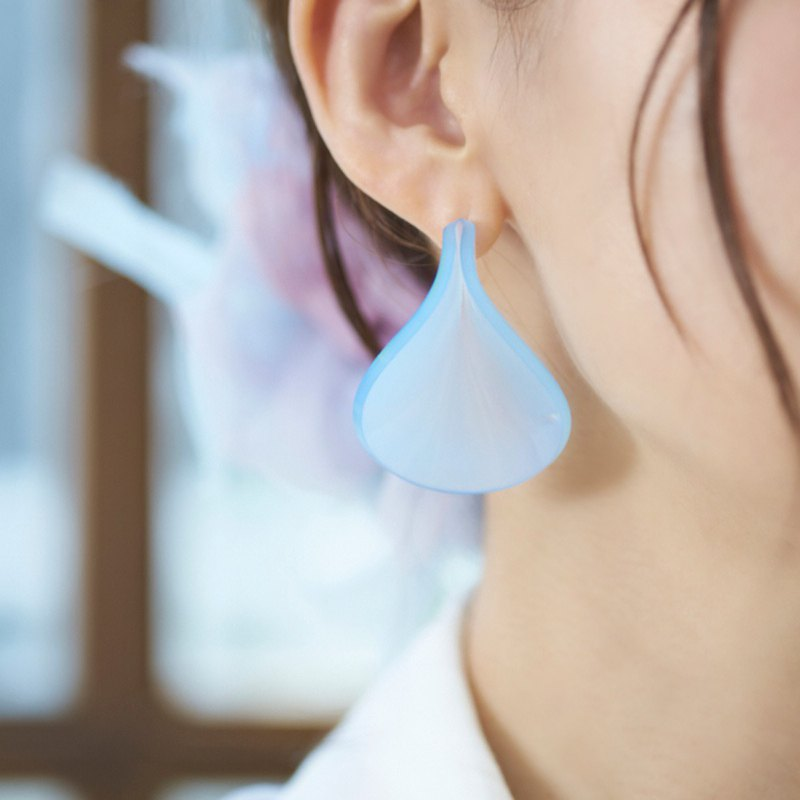 Petal Earrings || Milky Blue