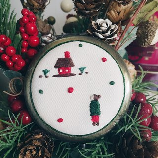 People x Home Embroidery | Hand-stitched Compact Mirror | Christmas Gift