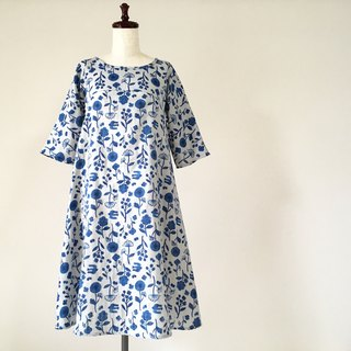 Small flowers and birds flare dress ash gray navy